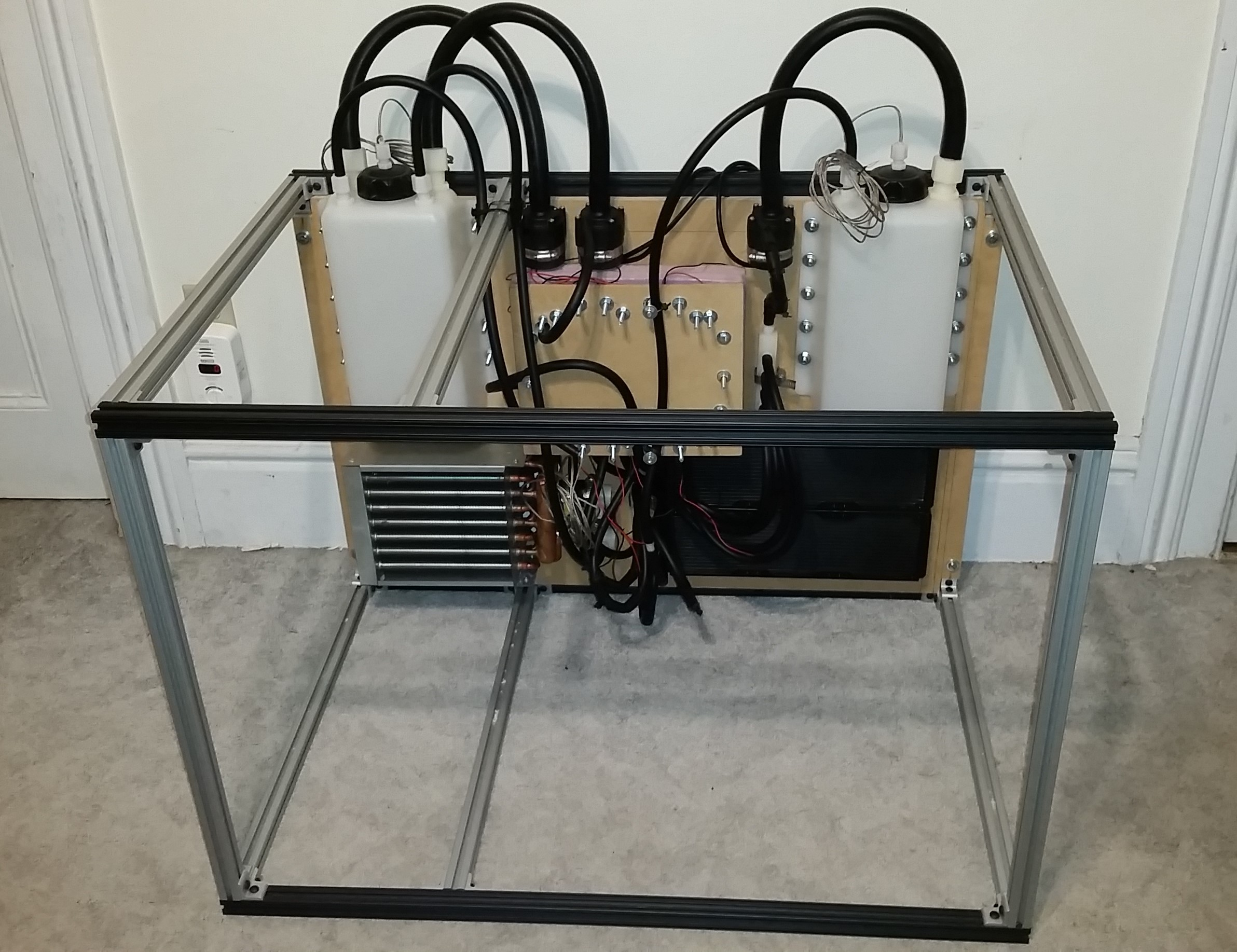 Closed Loop Peltier Water Chiller For Diffusion Pump