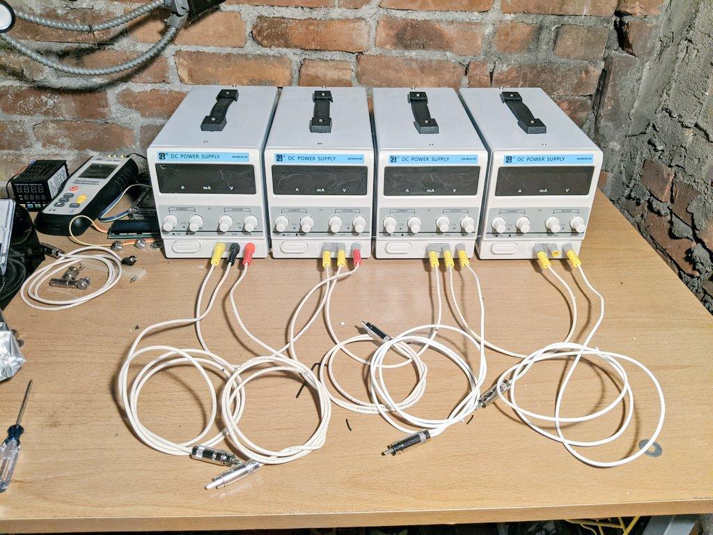 Adjustable Benchtop Power Supplies
